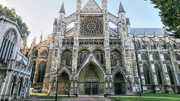 Medieval Architecture - Gothic Architecture